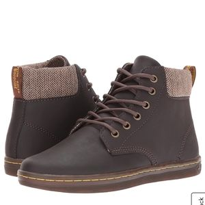 Dr.Martens Maelly Wildhorse brown boots size 9